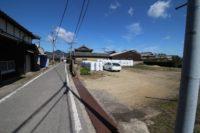 洲本市金屋_田園風景の中にある約173坪の広々とした土地。洲本ICより車で約7分、洲本市街地まで車で約15分!田舎暮らしが満喫できる場所です。