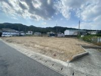 淡路市岩屋_橋が一望できる約291坪の土地です。水道・下水道引込済み!キレイな整形地なので使いやすい!
