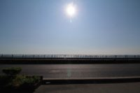 淡路市釜口_東海岸沿いを走る国道に面した土地。道の向こうはすぐ海です!広々とした約175坪の敷地。