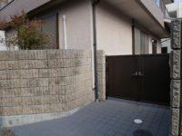 住宅側の門扉